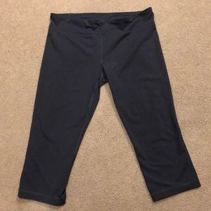 fitted athletic legging !